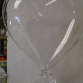 "4"" Heart Vase (set of 3)  $2.00"